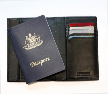 Samsonite RFID Protection Leather Passport Cover Wallet 67T-006