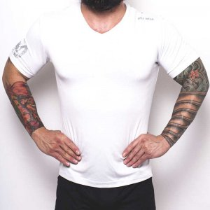 Bullywear Super Dry V Neck Short Sleeved T Shirt White/Silver DRYVN3