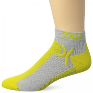 2XU Peformance Low Rise Socks Concrete Grey/Neon Yellow MQ19...