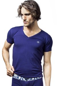 L'Homme Invisible Timeless V Neck Short Sleeved T Shirt Navy MY61-PER-049