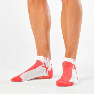 2XU Peformance Low Rise Socks Fiery Coral/White MQ1903E