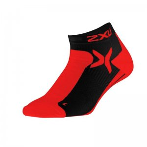 2XU Peformance Low Rise Socks Flame Scarlet/Black MQ1903E