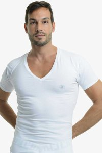 L'Homme Invisible Organic Cotton V Neck Short Sleeved T Shirt White MY61-PER-002