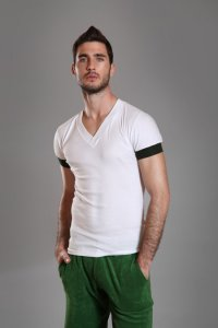 Buns Classic Slim Fit V Neck Short Sleeved T Shirt White/Green 60-VN-4-COT-91