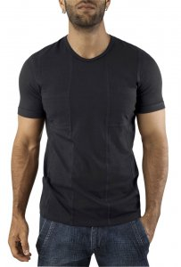 Vuthy Pocket Short Sleeved T Shirt Black 243