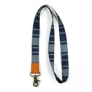Thread Wallets Cove Lanyard