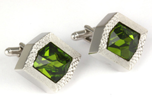 Mousie Bean Crystal Cufflinks Rectangular 70's 164 Olivine